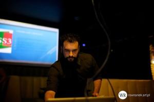Wojtek Kaliszewski przedstawie techniki animacji w CSS3 jako alternatywę do jQuery