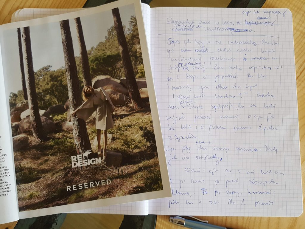 Pierwsza wersja tego wpisu powstała na papierze, pod wpływem zdjęcia obok.