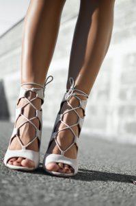 Sandały sznurowane wysoko